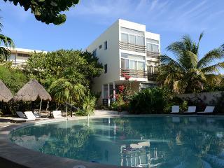 Progreso Condo in gulf of Mexico - Yucatan vacation rentals