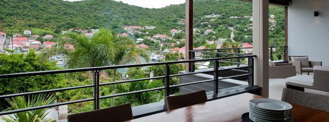SPECIAL OFFER: St. Barths Villa 137 Located At Few Feet From The Edge Of The Water. - Gustavia vacation rentals