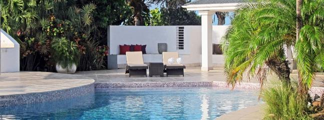 Villa Zen SPECIAL OFFER: St. Barths Villa 138 It Overlooks The Ocean And The View Goes From The Lorient Bay To The Sunset. - Pointe Milou vacation rentals