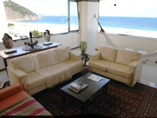Copacabana Ocean front Apt  - Frente Para o Mar - Rio de Janeiro vacation rentals