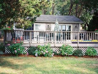 Cape Cod Cottage on Scenic Pond - East Orleans vacation rentals