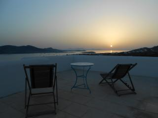 Villa Artemis Beach House Cyclades Greek islands - Agios Georgios vacation rentals