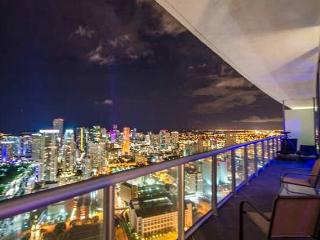 LUXURY PENTHOUSE UNIT AMAZING BREATHTAKING  VIEWS - Miami Beach vacation rentals