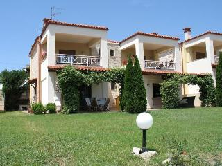 Twin Villas in Kriopigi, Chalkidiki - Kalandra vacation rentals
