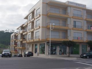 Nazare T2 - Predio Frente da praia - primeira fila - Nazare vacation rentals