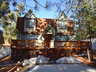 Hillcrest Hideaway - City of Big Bear Lake vacation rentals