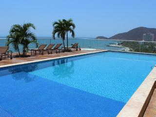 Luxurious High Floor Santa Marta w/ Private Beach 0015 - Santa Marta vacation rentals