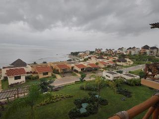 Punta Esmeralda Palma303 - La Cruz de Huanacaxtle vacation rentals