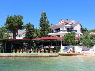 Apartmani TONI- A5 - Island Pag vacation rentals