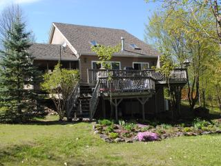 Bob's Lake Cottage Retreat - Westport vacation rentals