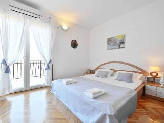Matej - Clean and sunny apartment near Split - Podstrana vacation rentals