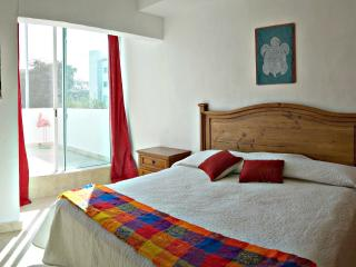 Affordable condo near beach with deck and BBQ - Yucatan-Mayan Riviera vacation rentals