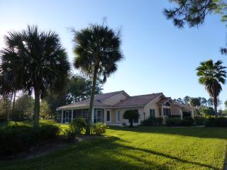 SWISS 38 - Golf Course - Clermont vacation rentals