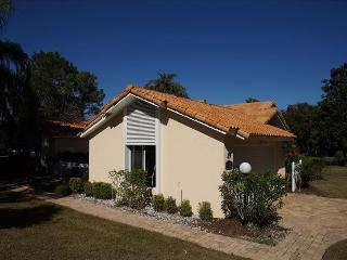 SWISS 39 - Golf Course - Clermont vacation rentals