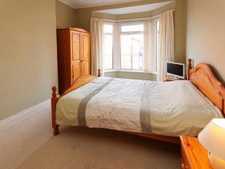 Lovely room close to Pennylane - Neston vacation rentals