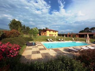 Villa Country - Poppi vacation rentals