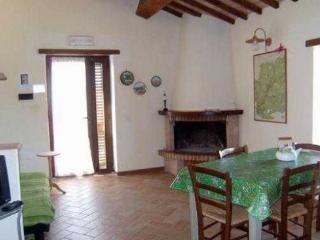 Santamaria Q - Collevalenza vacation rentals