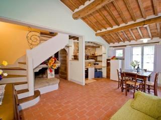Giaggiolo C - Castiglion Fiorentino vacation rentals