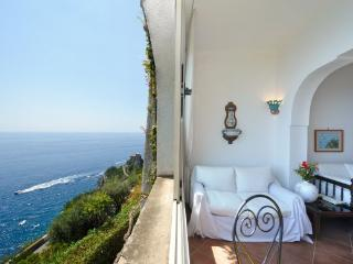 Favonio - Amalfi vacation rentals