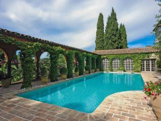 La Roseraie - Cote d'Azur- French Riviera vacation rentals
