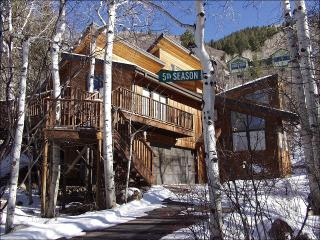 Large Custom Home - Spacious and Private (2608) - Aspen vacation rentals