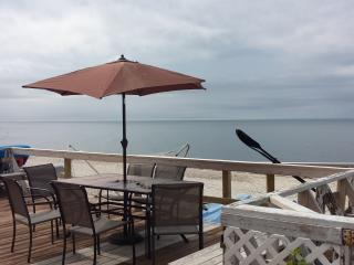 Real True beach House Visit Wineries swimming kayak Bachelorette Party The Stephen - Wading River vacation rentals