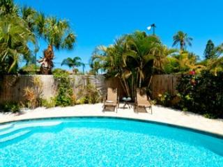 Pool - Sunfish - 104 55th St - Holmes Beach - rentals
