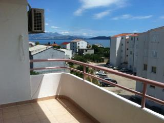 Apartment Billy for 5 with a balcony - Kastel Stafilic vacation rentals