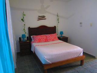 Sunny apartment in Colonia Centro!!! - Playa del Carmen vacation rentals