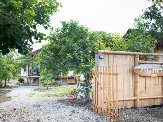 2 BDR HOUSE, MONTANITA - Ayangue vacation rentals