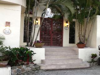 CASA DE ENSUENO - Sayulita vacation rentals