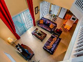 8 BR Villa/water view in Emerald Island, Orlando - Kissimmee vacation rentals