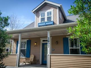 Whimsical Otter - Cloverdale vacation rentals