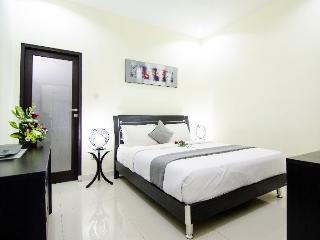 Legian Holiday Unit - CHEAP 300 M TO LEGIAN BEACH - Legian vacation rentals