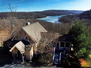 Amazing mountain home with spectacular lake views! - McHenry vacation rentals