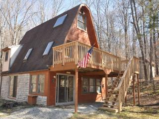 Country Cabin  - Close to Old Man's Cave - Hocking Hills vacation rentals