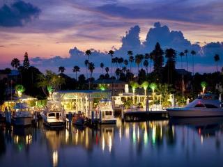 Pass a grille beach Captains House- Middle House - Saint Pete Beach vacation rentals
