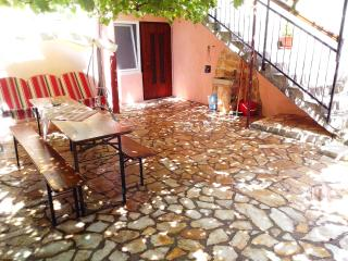 Rustic Istrian stone House - Liznjan vacation rentals