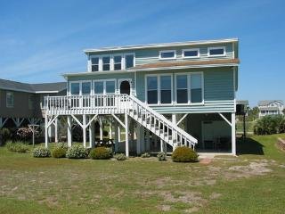 Holden Island Home Awaits You! (3 bed / 2 bath) - Southport vacation rentals