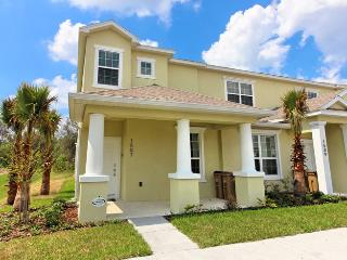 3 Bed Townhome with Private Pool (1507-SEREN) - Orlando vacation rentals