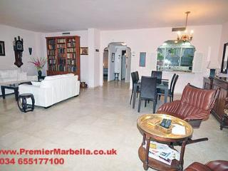 "El Presidente ""GARDENS"" 3 Bed, Heated Pool + wifi - Puerto de la Duquesa vacation rentals"