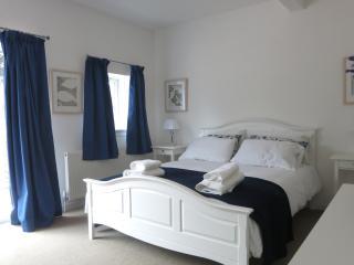 Garden Cottage Bishopton - Bishopton vacation rentals