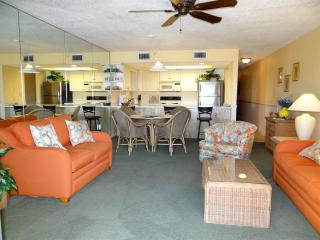 Walk Right Out to Beach w/ FREE Beach Service!! - Destin vacation rentals
