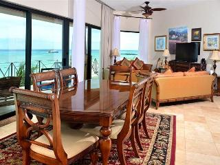 Luna Encantada C-3 - Playa del Carmen vacation rentals