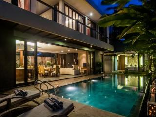 Villa 'La Mer' 4BR in Berawa,Canggu - Canggu vacation rentals