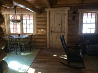 Six Mile Cabin Rustic Northwoods Cabin With Great Privacy On Six Mile Lake. - Minnesota vacation rentals