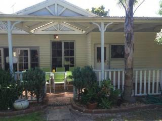 BAYSIDE HAMPTON FABULOUS HOUSE - Victoria vacation rentals