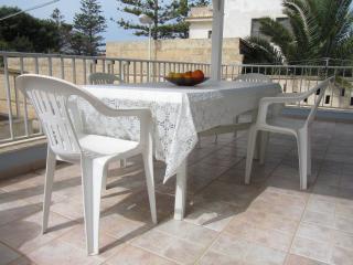 Santa Croce Camerina - Torre di Mezzo Beach house - Punta Secca vacation rentals