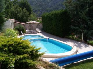 2 houses with pool, near Menton .Cote d'Azur - Roquebilliere vacation rentals
