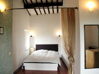LO STRUZZO (Vetralla) - Montefiascone vacation rentals